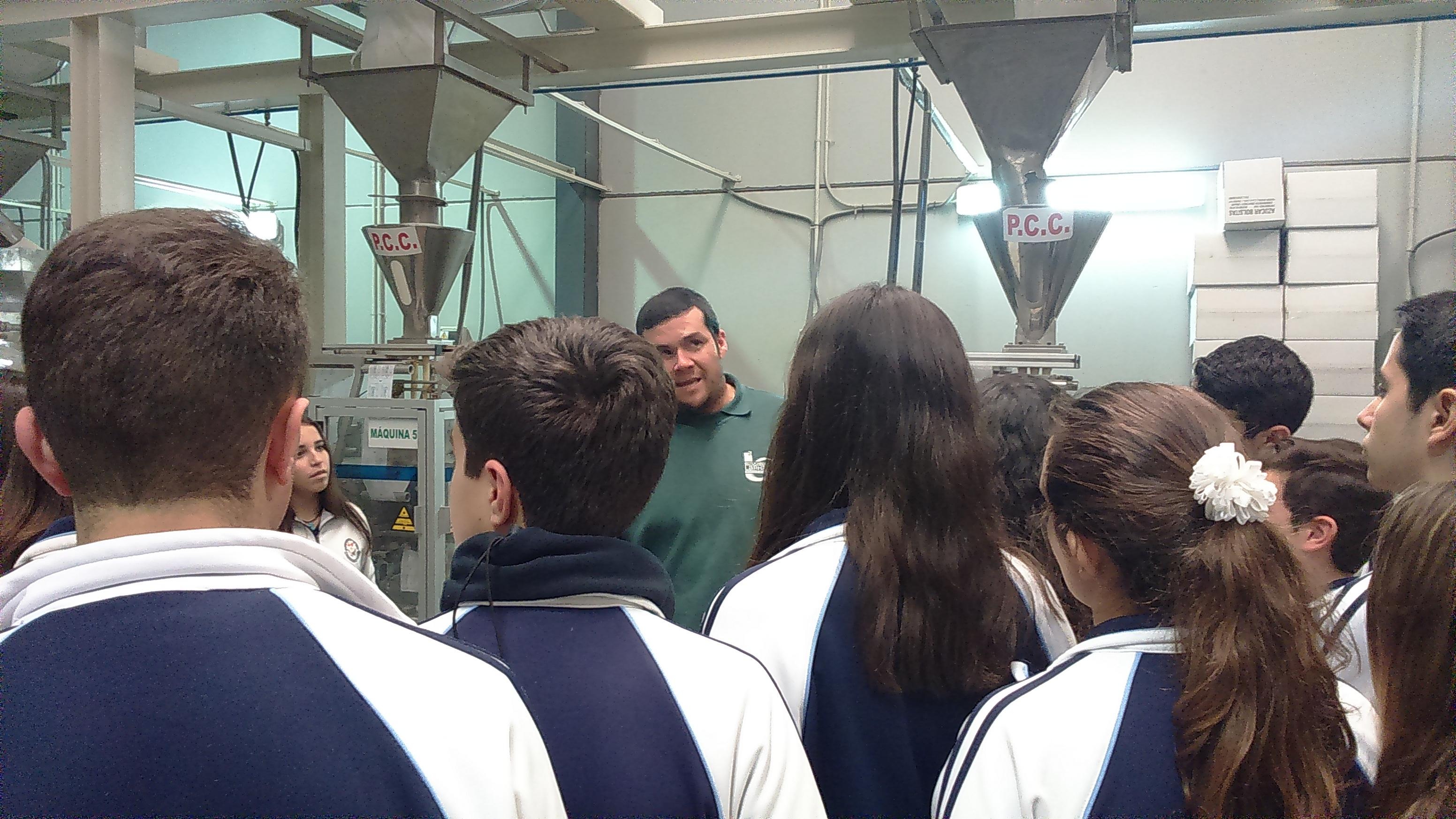 Visita de los alumnos de 3° de ESO a industrias antequeranas